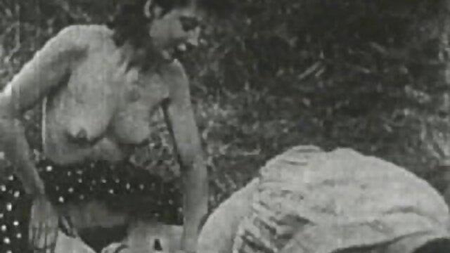 Un chico guapo se folla videos porno free en español a una rubia en anal