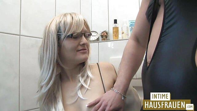 Abuela de hermosas petardas hd en español piernas folla con un joven amante